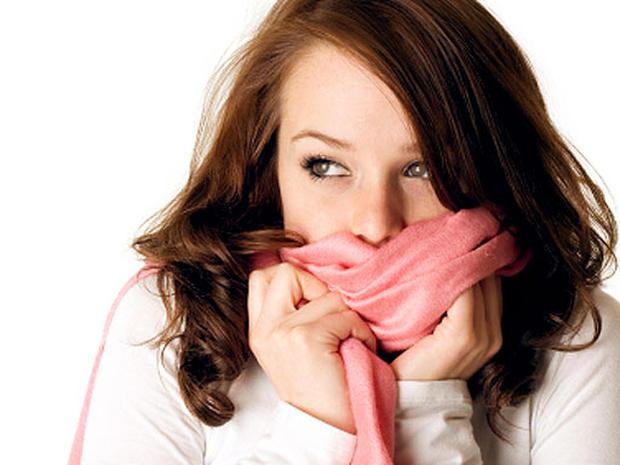 Brividi di freddo senza febbre e stanchezza: cause e spiegazioni