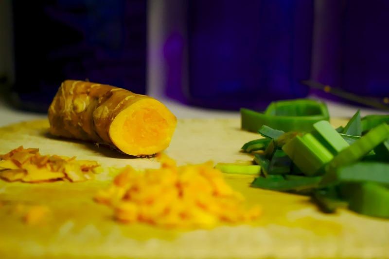 Piperina e curcuma, quali sono i vantaggi ?