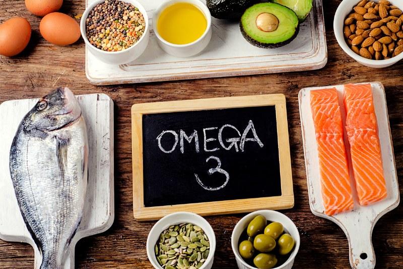 Omega 3, consumo e benefici degli acidi grassi essenziali
